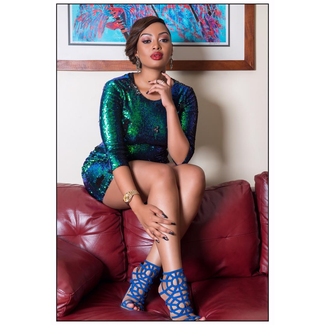 2019 Anita Fabiola nudes (21 photos), Sideboobs